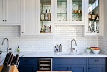 Kitchens / by Victoria McGinley
