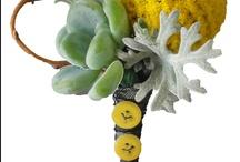 Flowers to Wear/ trendy options
