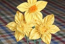 Flowers / by Leanne Cropp