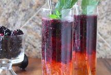 Drink / Find refreshing cocktails, mocktails, hot and cold beverages here.