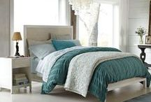 Bedroom Decor / Bedroom Decor: Ideas for the Master Bedroom - Floor Plans, Wall Décor, Comforters and Sheets and more