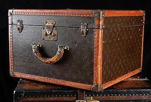 Louis Vuitton / Louis Vuitton trunks, cases and bags.
