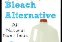 Natural Homemade Cleaners / Natural Homemade DIY Natural Cleaners! Homemade Laundry Detergent, DIY Shower Scrub, DIY Dishwasher Detergent, Homemade Bleach and so much more. Get rid of the chemical filled products in your life.