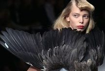 Feather Couture / Couture design using feathers for runway