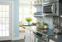 Dream Home {Kitchens} / by Erin Cox