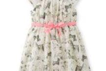 Lil' girl's fashion / by Martha Arroyo