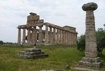 Paestum (Just 50 min. from the B&B) / #paestum #archeology #spiagge #italy #pompei #hotelpaestum #faunopompei #travel #sea #archeologia  See more at: http://www.bbfauno.com/eng/what-you-see/archeological-area-paestum.html Tutte le fotografie che troverete presenti qui, sono di proprietà degli autori , alcune informazioni provengono dalla rete. Se qualcuno notasse qualche particolare coperto da © copyright (a noi sfuggito) o simili, è pregato di comunicarlo con la massima urgenza, provvederemo immediatamente alla sua rimozione. / by B&B Pompei Il Fauno