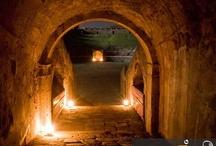 Pompeii at Night (www.bbfauno.com) / #pompeiiatnight #archeology #ancient #ruins #herculaneum #pompeii #vesuvio #art #pompei #vesuvius #excursions #travel #italy #faunopompei #art Tutte le fotografie che troverete presenti qui, sono di proprietà degli autori , alcune informazioni provengono dalla rete. Se qualcuno notasse qualche particolare coperto da © copyright (a noi sfuggito) o simili, è pregato di comunicarlo con la massima urgenza, provvederemo immediatamente alla sua rimozione. / by B&B Pompei Il Fauno