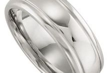 Men's Wedding Bands / by Paula Smith