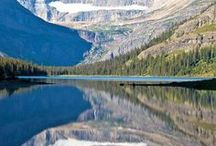 Boomer Travel -  Glacier National Park / Boomer travel - Glacier National Park. Things to do and what to see on your boomer vacation in Glacier National Park. Travel tips for hiking, lodging, winter and summer visits to Glacier National Park in Montana.