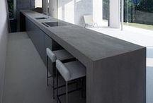 The Modern Kitchen / Natural; hout, betonlook,modern,zwart