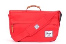 LOVE: Bags! / by Christina Walton