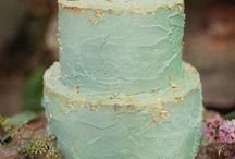 Cakes / by Linda Johnson