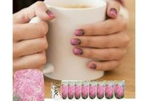 NAIL DECOR / A stylish way to decorate your nails in a artistic fashionable way