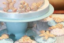 Mould Magic / Make impressive decorations in an instant with sugarcraft moulds