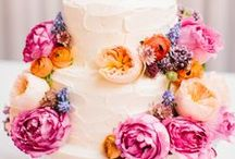 Wedding Cake Wow! / Sweets for my sweet.  / by Courtney Hill