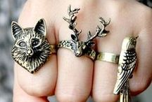 Jewelry / Beautiful jewelry I would love to own, or create.