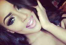 Kiss & Make Up / Make-Up and glamorous lipstick