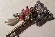 Jewelry Inspiration / by Linda Buechler