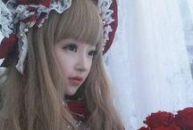Lolita fashion ロリータ / こんな服が着てみたかったなぁ〜という願望のピン集め☺️ 原宿に行きたくなりますね