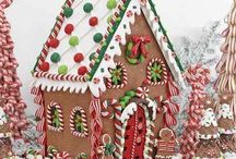 Gingerbread houses お菓子の家