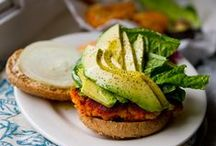 Vegetarian Recipes / Make every day a #MeatlessMonday. Recipes to satisfy the vegetarian in everyone.