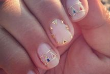 Nail Art to wear / A collection of our favorite nail art project