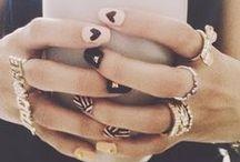 Nails / simple & elegant nails for all year / by Karolina B.