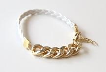 Jewelry | Bracelets / by Karolina B.