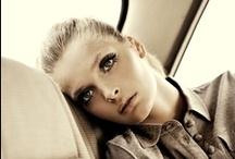 Beauty / by Karolina B.