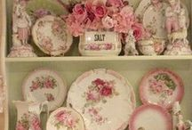 Pretty China & Porcelain / Love the beauty of vintage china and porcelain.