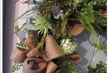 * Nifty Wreaths *