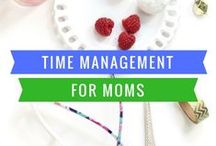 Time Management for Moms / Printables, planners, daily schedules, and ideas for working moms and Stay at Home Moms. Includes cleaning tips, ways to deal with mornings, and ways to keep overwhelm at bay.