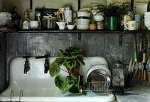 kitchen and props / Beautiful kitchens and the props and gadgets I want.