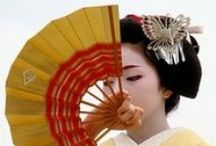 Hand Fan Geisha