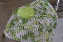 The Crafty Side / my creations in crochet, kniting, sewing, plastic canvas