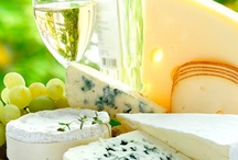Food Pairings / How to pair wine with food, great for everyday dinner ideas, parties, events and weddings. Complied by the folks at Bottles, a wine store in Providence, RI.