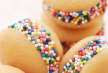 Yum! {Sweets} / Dessert Recipes for the sweet tooths among us!