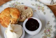 ❤ TEA. Cream Tea / One of my favourite treats from the UK is a cream tea. The cream tea is traditionally a specialty of Cornwall and Devon, but cream teas are served in tea rooms up and down the country. There is no specific time to have a cream tea, but it is usually an afternoon snack.