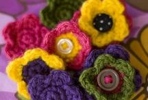 Crochet / by Tess Brito
