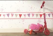 """kollektion """"girls only"""" von caselio / eine zauberhafte neue tapetenkollektion von caselio. sie nennt sich """"girls only"""" und besteht aus einer geschmackvollen auswahl von tapeten, bordüren und passenden stoffen."""