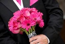 Spring wedding flower Mar, Apr, May / Wedding flower Designs  By Flowergirls Weddings Tulsa, OK. 918-949-1553 www.flowergirlsoftulsa.com