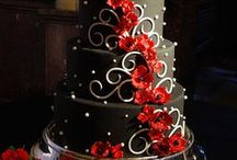 Cakes / by Amy Hoehne
