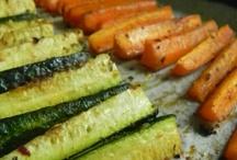 Food: Fruits & Veggies / by Jay Ragan