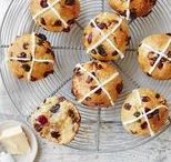 Easter Baking | Tesco / Make the most of this season's ingredients and rustle up some delicious spring bakes, from fluffy hot-cross buns to rainbow cupcakes.