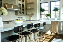 Kitchens / by Kirsten Nieman