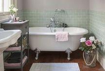 Bathroom swoon / Bathrooms
