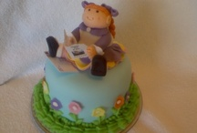 Cake Ideas / by Adriana Attar