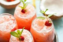 Wedding Cocktails / Say 'cheers' with these #Wedding #cocktails!