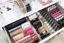 Beauty Room and Makeup Storage / Dream ideas for a dedicated beauty room and various ways to store makeup.
